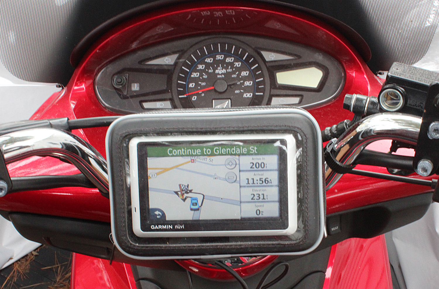gps on scooter.jpg